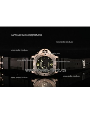Panerai Luminor Submersible celebrating the 10th anniversary of the Classic Yachts Challenge (Limited Edition) PAM 571 Titanium Clone P.9000 201501212384 (Z)